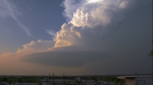 A Supercell thunderstorm looking like a flying saucer.